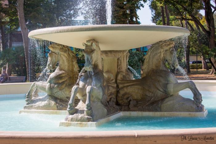 rimini-fontana-dei-quattro-cavalli2