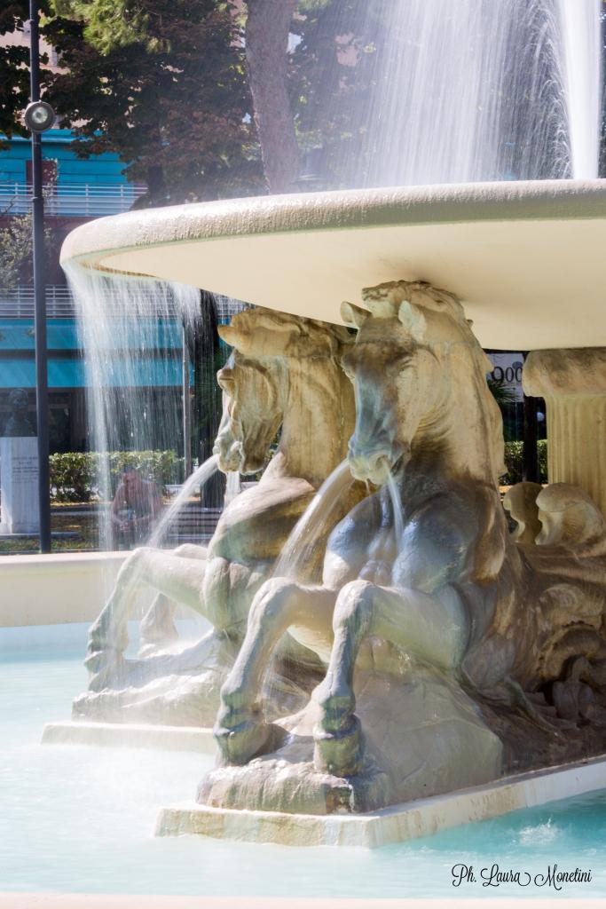 rimini-fontana-dei-quattro-cavalli4