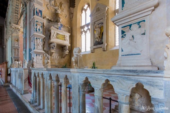 rimini-tempio-malatestiano-interno3